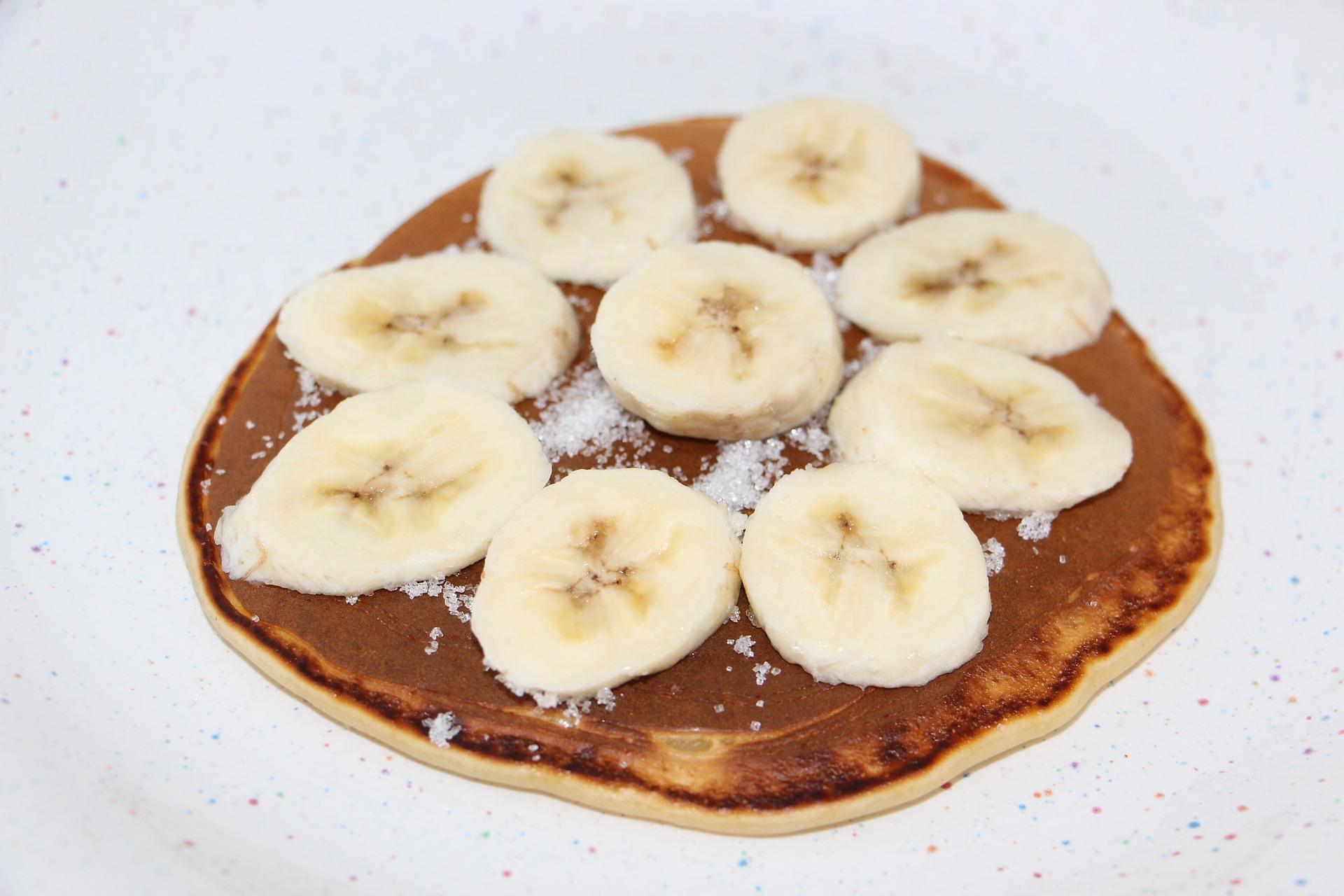 Pfannkuchen mit Nutella und Banane